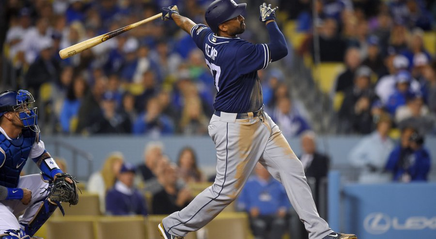 Apphoto_padresdodgersbaseball_1_r900x493