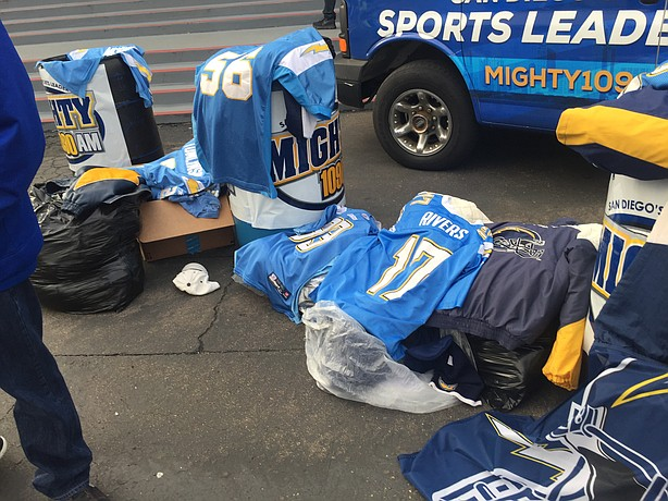 Chargers_jerseys_donations_t614